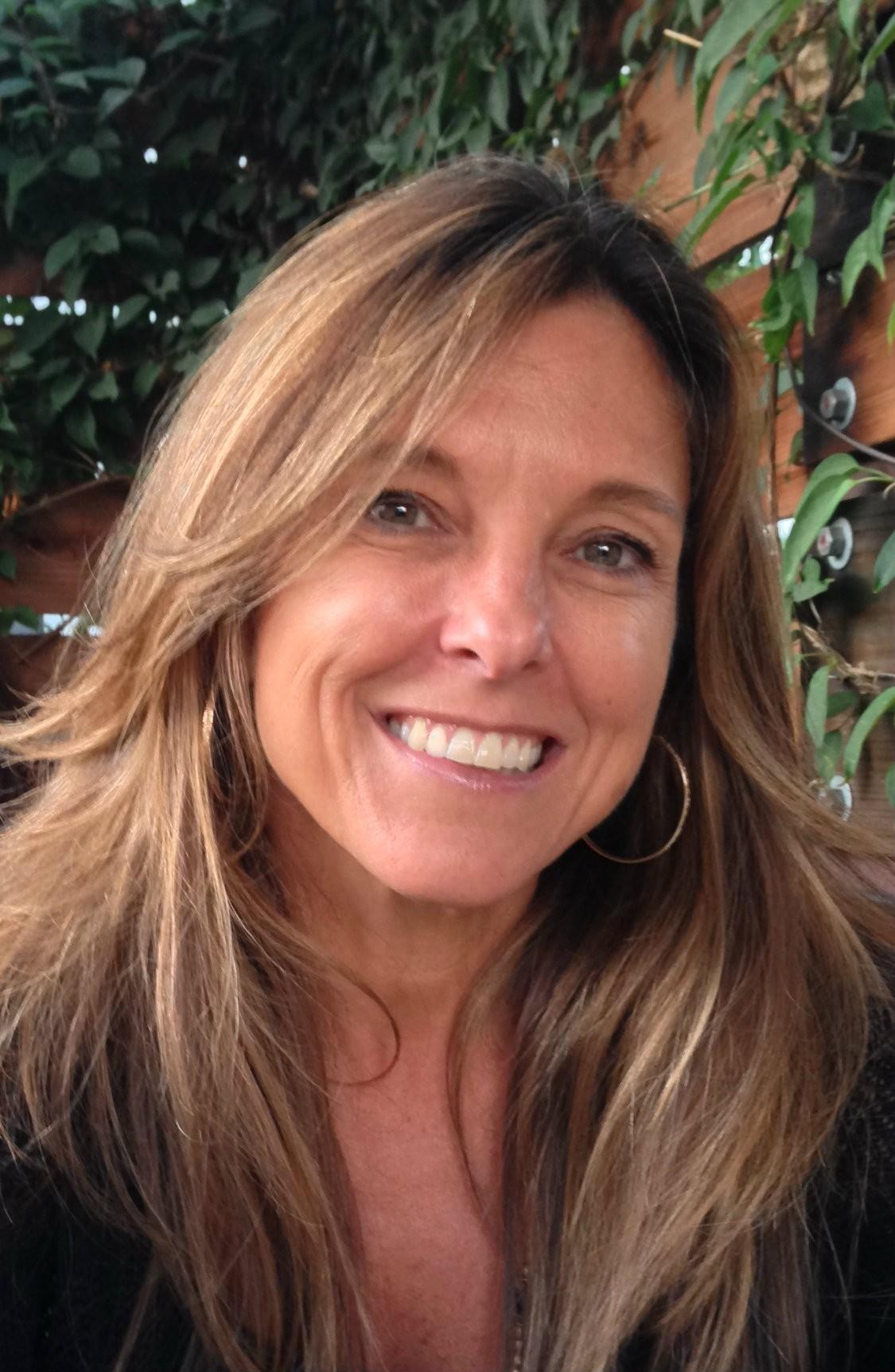 photo of Heidi L. Holst-Knudsen